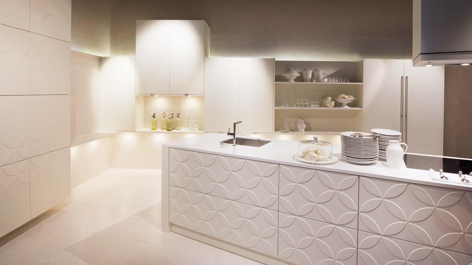 Atemberaubend Küche Und Bad Zeitgenössisch - Küchen Design Ideen ...
